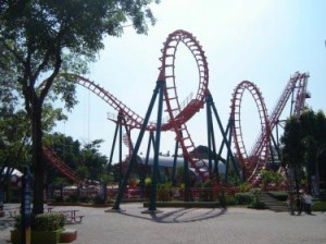 I love roller coasters ^^